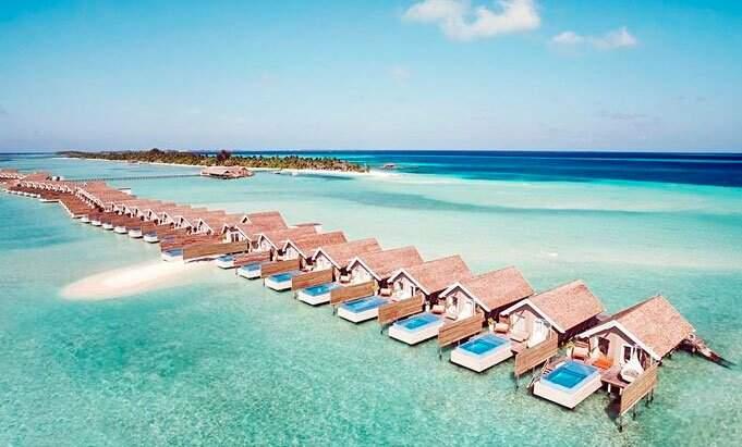 lux south maldivas 1